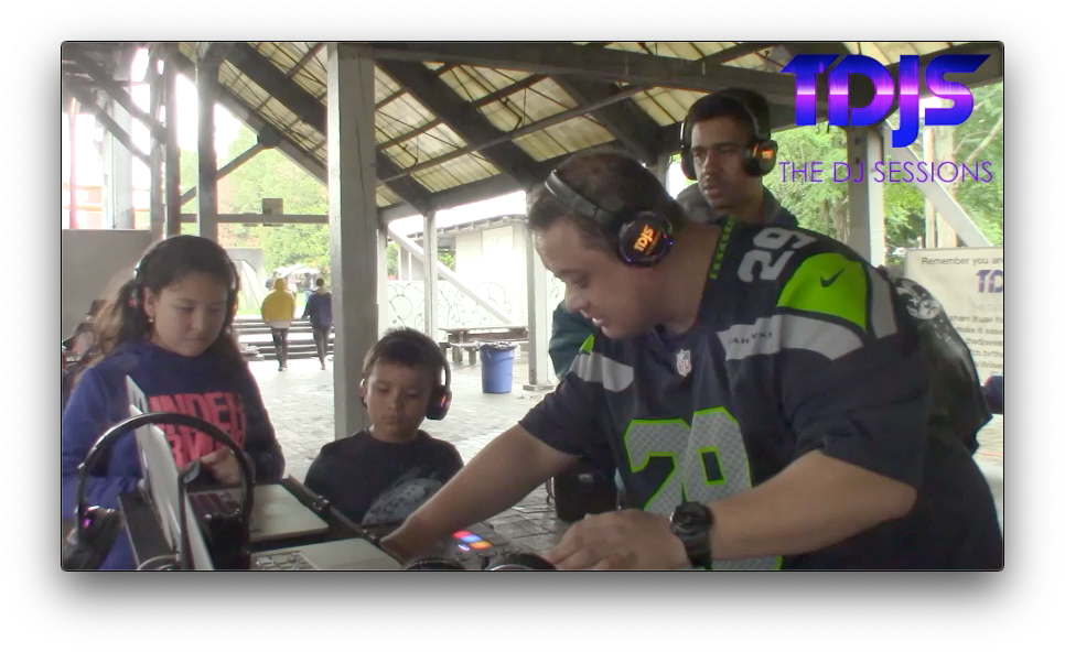 "DJ JWK and Royce on The DJ Sessions ""Silent Disco Saturday's"" at Gas Works Park in Seattle, WA 5/25/19"