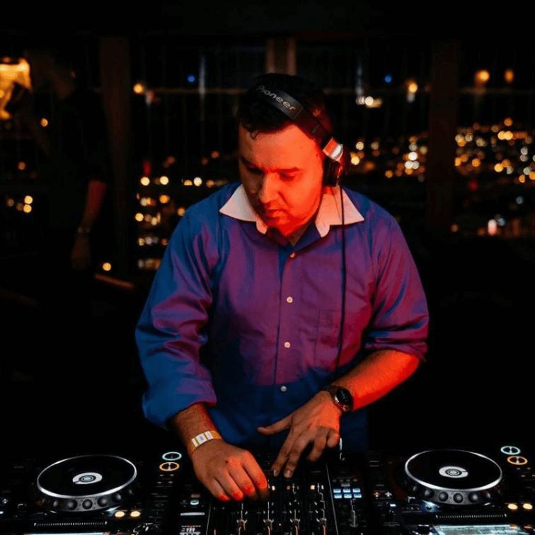 Serjey Andre Kul – Resident DJ on The DJ Sessions