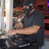 "DJ Dangerish on ""Silent Concert"" Sunday's presented by The DJ Sessions at Gasworks Park 5/2/21"